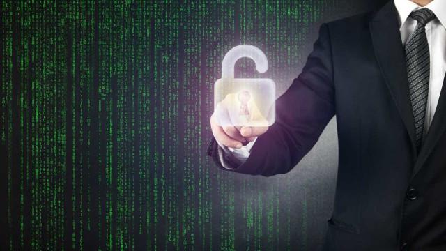 """CDS quer acesso aos metadados regulado para """"secretas"""" serem eficientes"""