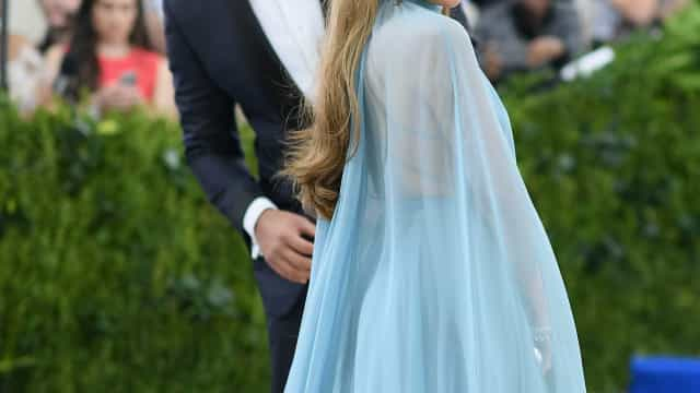 Jennifer Lopez é criticada por doar pouco dinheiro às vítimas do Harvey