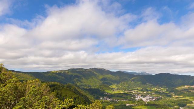 Centro do furacão Ophélia afasta-se dos Açores. Mas mantém-se prevenção
