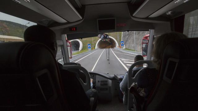 Túnel do Marão teve de ser fechado devido a incêndio em viatura