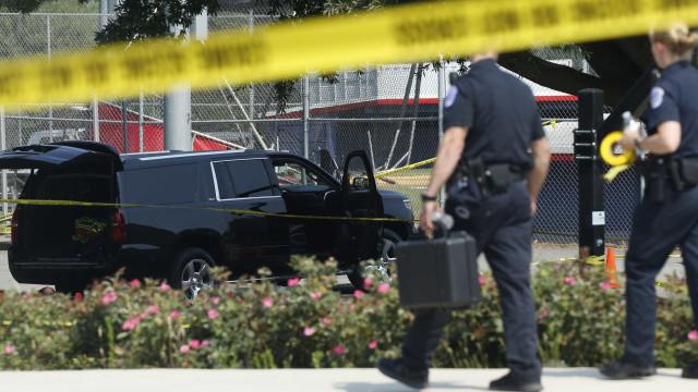 Número de mortos em tiroteio nos arredores de Chicago sobe para cinco
