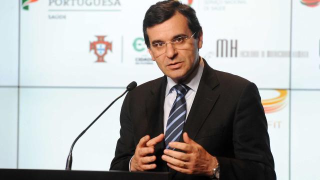 Ministro garante adaptação dos hospitais às 35 horas até final de julho