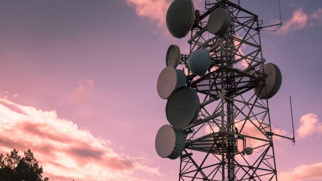 Governo português quer incentivar participação na produção de satélites