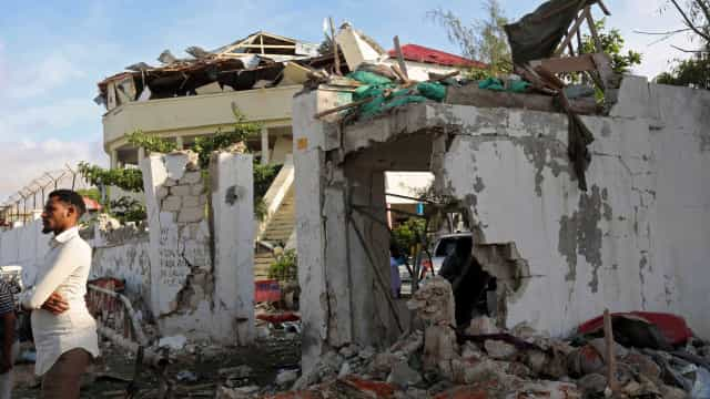 Explosão em mercado na capital da Somália