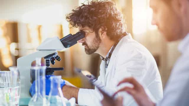 Descoberto meio de acelerar processo de tratamento do cancro