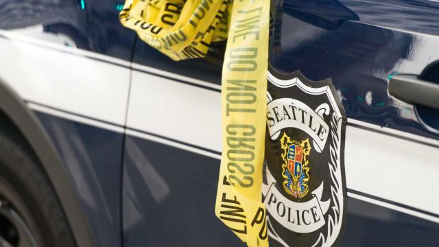 Polícia abate mulher negra grávida na presença dos filhos