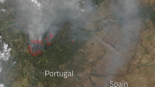 Foto de satélite da NASA mostra fogos na região Centro