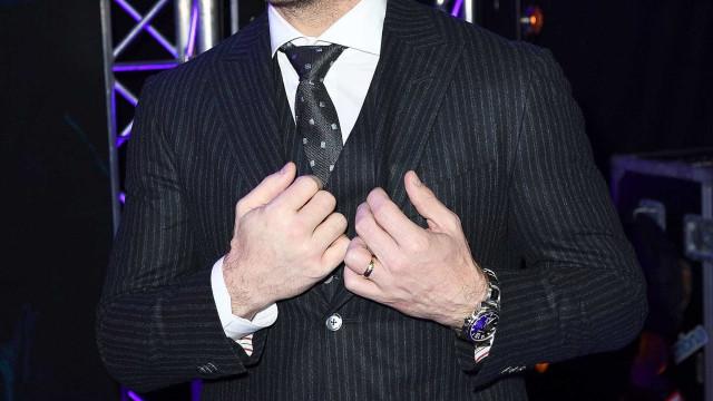 "Chris Pratt denuncia impostor: ""Alerta, homem pervertido"""
