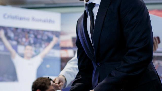 Jorge Mendes tem três 'presentes' para oferecer à Juventus