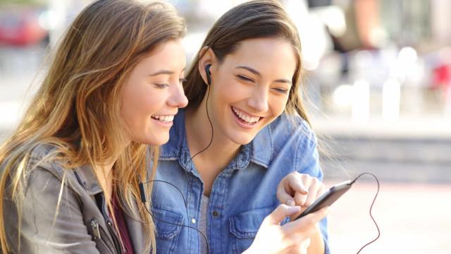 Messenger revela pela primeira vez os resultados do 'clone' do Snapchat
