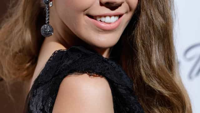 Vestido de noiva da herdeira de Swarovski tinha mais de 500 mil cristais