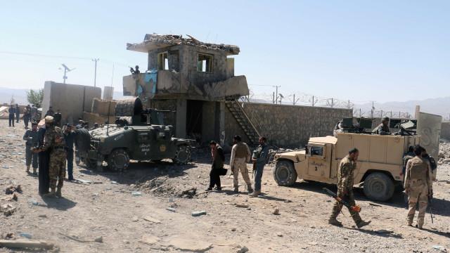 Atentado em mesquita no Afeganistão