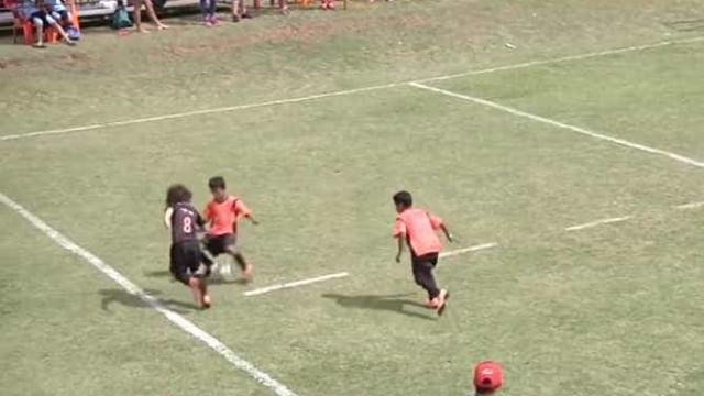 O menino de 12 anos que já despertou a atenção de Roberto Carlos e Neymar