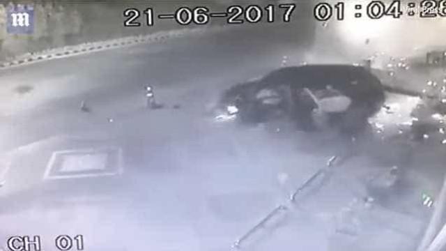 Professor morre em acidente de carro quando fazia sexo no banco de trás