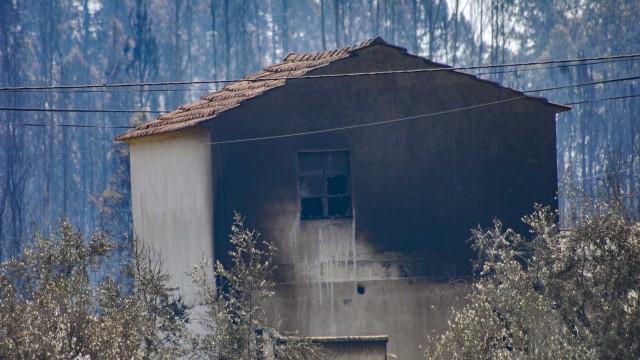 Pedrógão: Sete processos de reconstrução de casas vão ser reavaliados