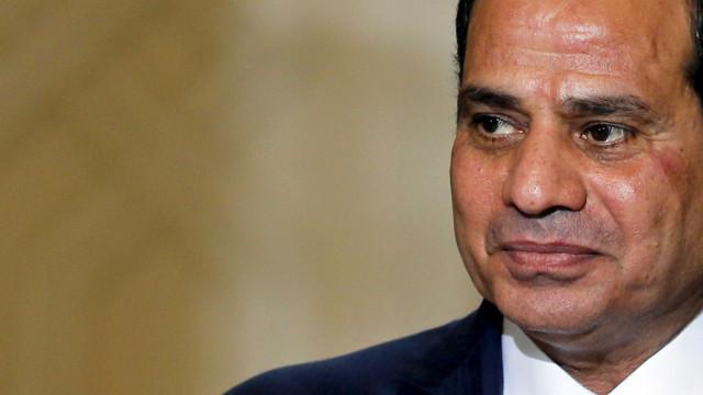 Fattah al-Sisi: Não há alternativa senão aplicar medidas de austeridade