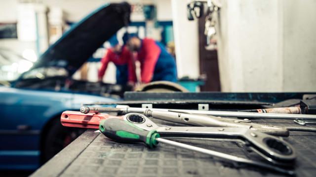 Empresários detidos por crimes relacionados com veículos furtados