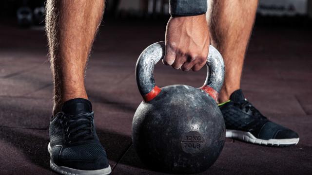 Quatro motivos para usar kettlebell nos treinos