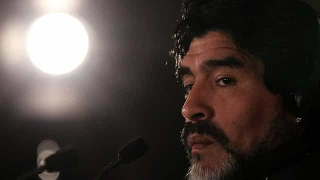 Maradona envia mensagem de apoio a Maduro e oferece-se como soldado