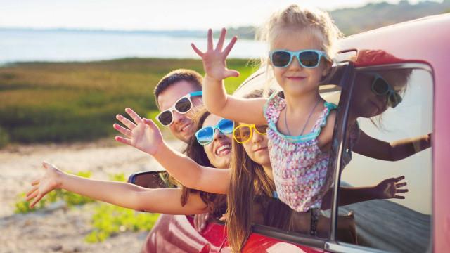 Os segredos para 'sobreviver' a uma longa viagem de carro com crianças