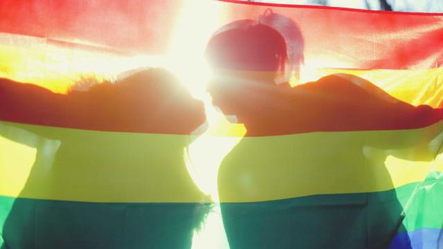 Taiwan apresenta novo projeto de lei para avançar com casamento gay