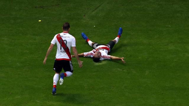 Sporting em Buenos Aires para garantir Pity Martínez