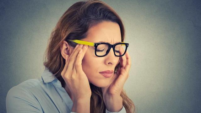 Dez perguntas que deve fazer quando tem dor de cabeça