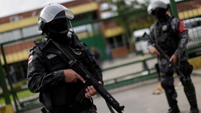 Venezuelano foi esfaqueado e morto a tiro no Brasil