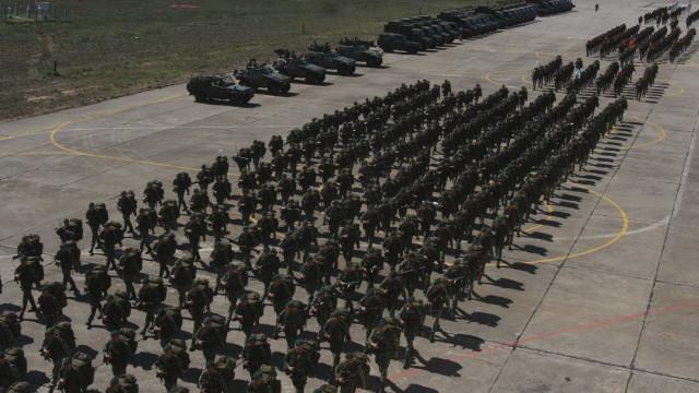 Três meses de uma falha na segurança que abalou militares e Governo