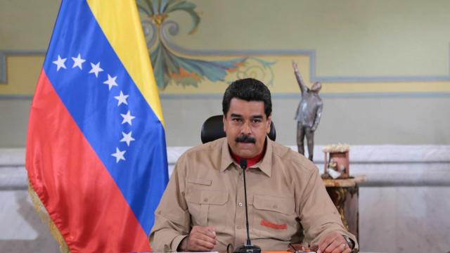 """Maduro condena """"perseguição judicial"""" e solidariza-se com Lula"""