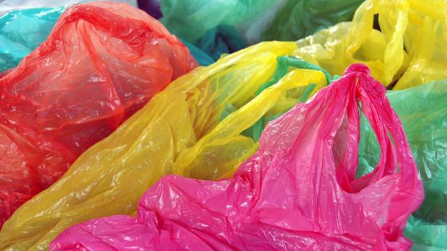 Solvente usado no fabrico de plásticos pode causar cancro