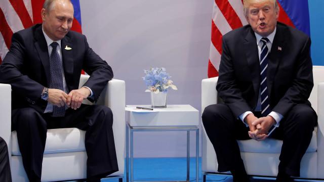 Rússia espera que reunião entre Putin e Trump se realize como planeado