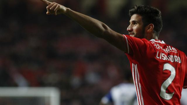 Roma já negoceia com Benfica empréstimo de Lisandro López