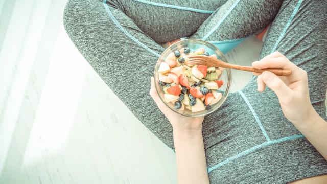 Nove alimentos que devem ser evitados antes do treino