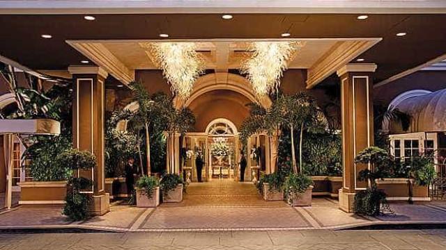 A opulência dos quartos de hotel mais luxuosos do mundo. Confira