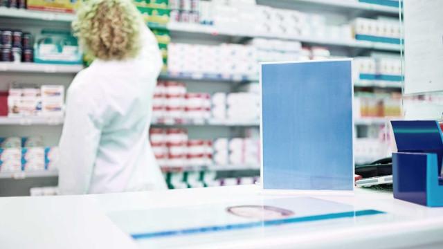 Em casos de urgência, farmácias vão entregar remédios durante a noite