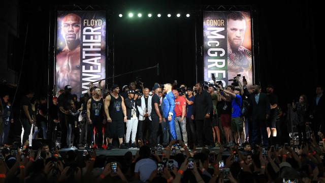 Mayweather vs. McGregor: Segundo 'cara a cara' teve direito a roubos