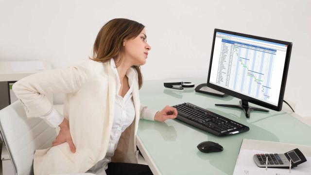 Cinco passos simples para corrigir a postura