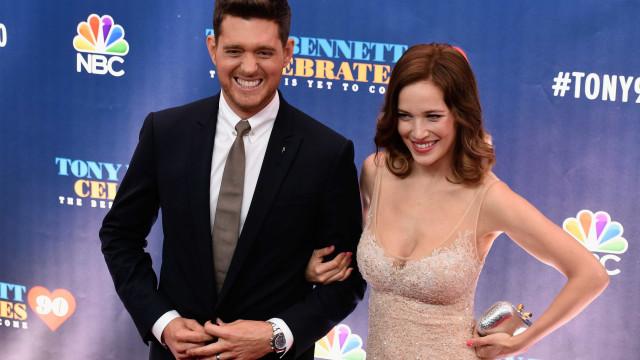 Mulher de Michael Bublé grávida do terceiro filho?
