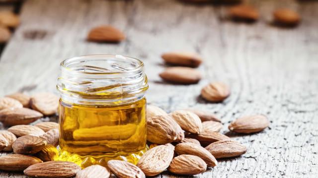 Conheça os benefícios do óleo de amêndoas para a pele e o cabelo