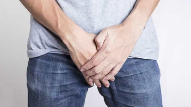 Nove sintomas de cancro da próstata a que os homens devem estar atentos