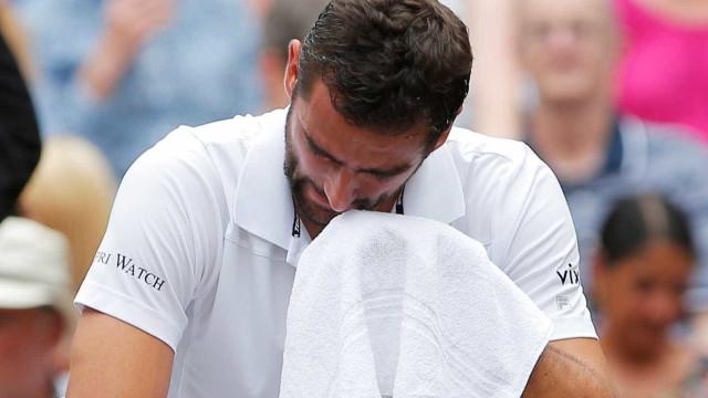 Cilic em lágrimas durante a final de Wimbledon