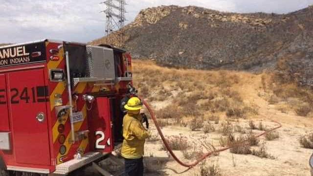 Mulher misteriosa paga refeição a 25 bombeiros em restaurante
