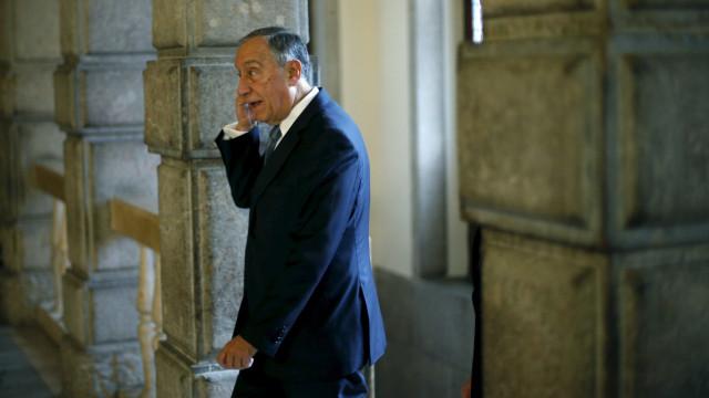 """Presidente da República diz que """"a vida do PSD é com o PSD"""""""