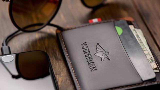 Mesmo que seja roubada, esta carteira vai ajudá-lo a apanhar o ladrão