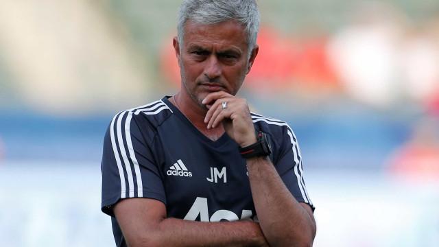 Mourinho admite incómodo com a falta de reforços do Manchester United