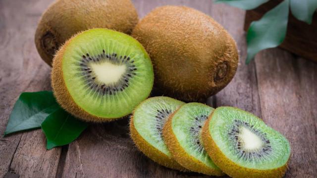 Laxante, anti-envelhicemento, bom para a dieta. Eis o poder do kiwi