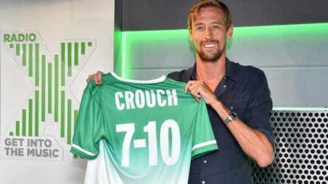 Peter Crouch tem nova carreira e não tem a ver com o futebol