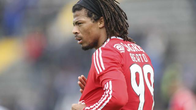 """""""Espero um dia voltar ao Benfica e orgulhar o meu pai"""""""