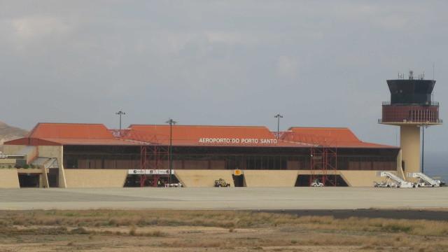 Bombeiros do Aeroporto do Porto Santo em greve às horas extraordinárias